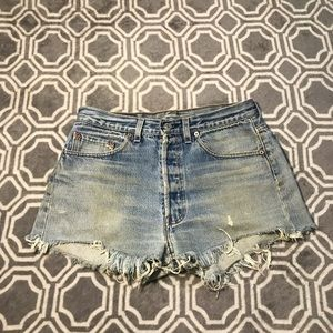 Vtg Womens Levis Button Fly Jeans Shorts Size 28